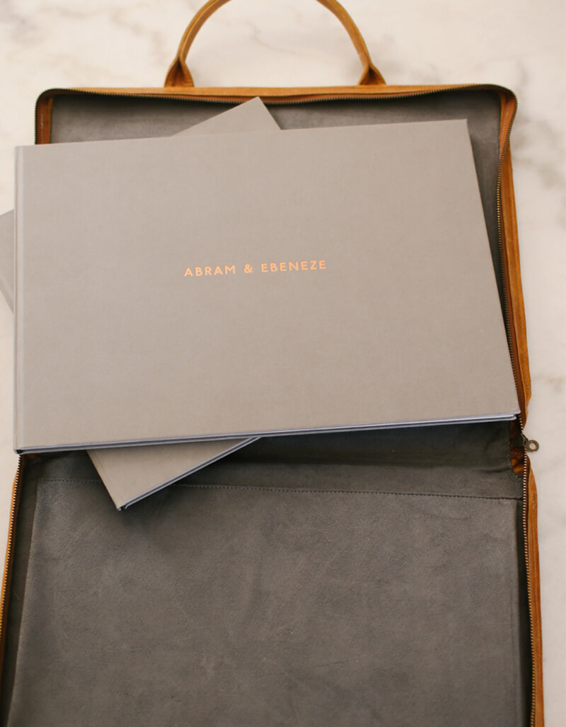 THE SEEKER - PHOTOBOOK PORTFOLIO BAG